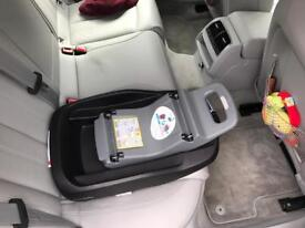 Maxi Cosi Family Fix Isofix base perfect condition
