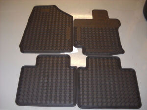 OEM Rubber Floor Mats for Toyota Venza