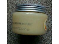 Body shop creme brule bath jelly