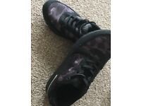 Bapesta noise camo trainers SIZE 6 (UK)