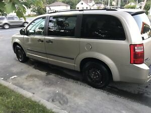 2009 Grand Caravan certified, clean CARPROOF, BEST PRICE
