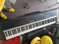 Roland EP880 Digital Stage Piano