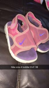 Toddler shoes vary in sizes