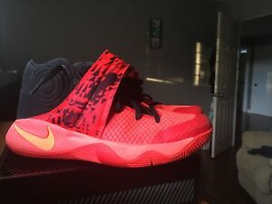 PRICE DROPPED! NEVER WORN! Nike Kyrie II's