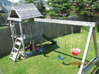 FULL TIME SPACE AVAILABLE IN EASTERN PASSAGE