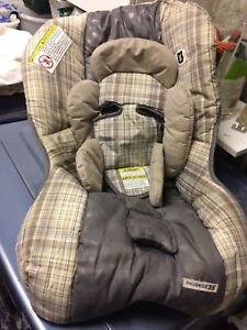 Graco car seat COVER only - snugride 35