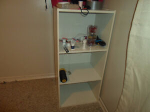 white Bookcase/Open shelf