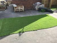 2m x 4m new piece of artificial grass