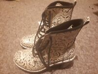 Official New Rock brand Ladies size 5 boots