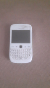 White blackberry curve  9300