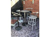 Outside bar table with 4 bar stools