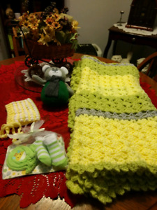 Yellow/Green Newborn Kit - best offer