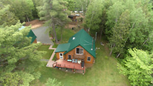 DONT MISS THIS DREAM CEDAR LOG HOME!!