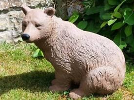Brown bear ; cast stone garden ornament