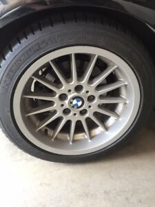"Wanted: 17"" Style 32 BMW Rim"