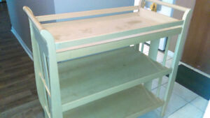Baby change , changing table