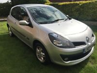 Fantastic Value 22000 Mile 2007 Clio 1.4 Dynamique 3 Dr Hatch Air-Con And Alloys! HPI Clear Low Tax