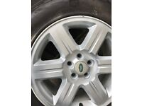"Freelander 2 17"" Alloy wheel and tyre"