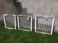 *SOLD* 3 x child stair gates - very good condition