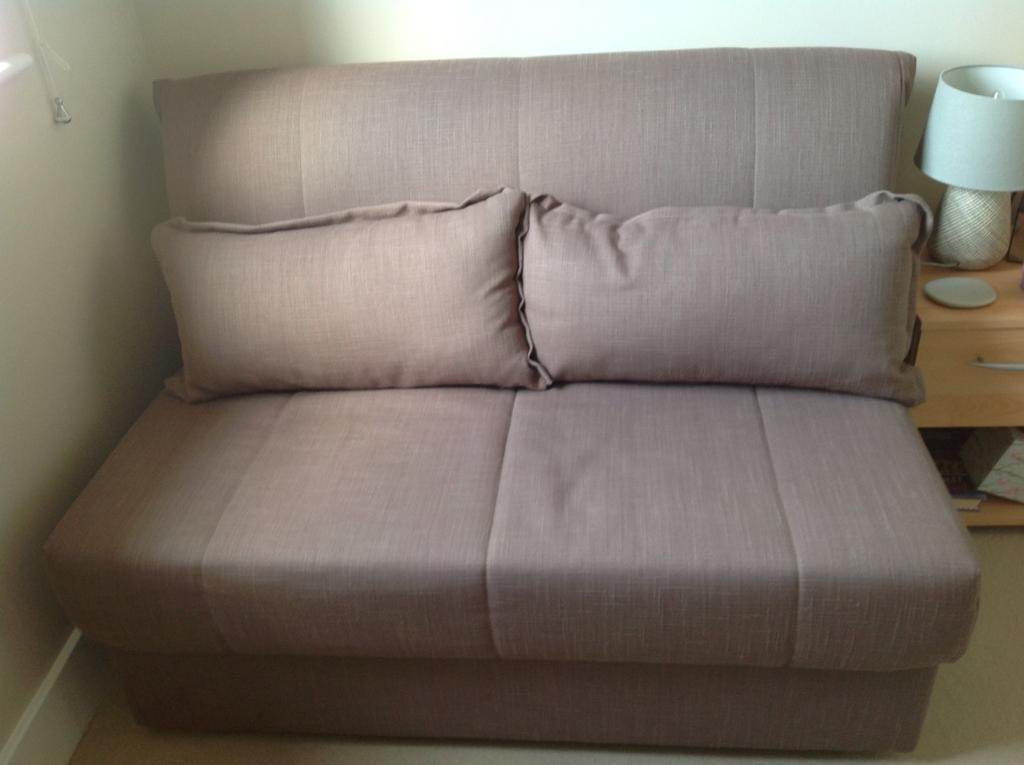 2 Seater Bed Settee In Chichester West Sussex Gumtree