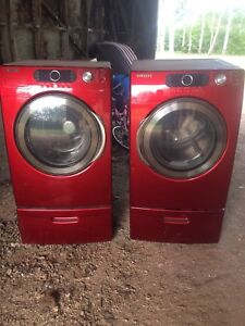Samsung washer and dryer on pedestals  for parts