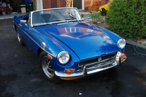 Reduced - 1971 Chrome Bumper MGB Roadster Convertible