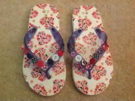 Monsoon Girls flip flops size 11-12
