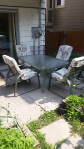5 Chair Table Outside Patio set