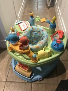 The Baby Sit & Step 2-in-1 Activity Center