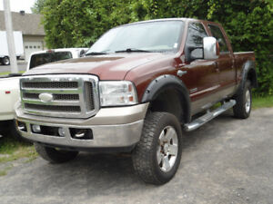 2006 Ford F-350 KING RANCH LARIAT Pickup Truck