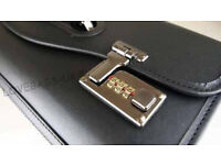 High spec real leather pilot bag, costs £125,quick sale at £45,immaculate, no time wasters please