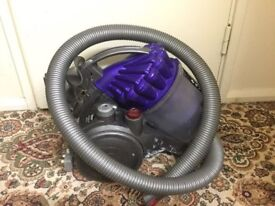 Dyson vacuum cleaner in very good condition only £50