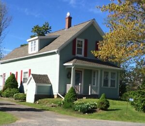 Martock country home for sale, 4 acres with barn
