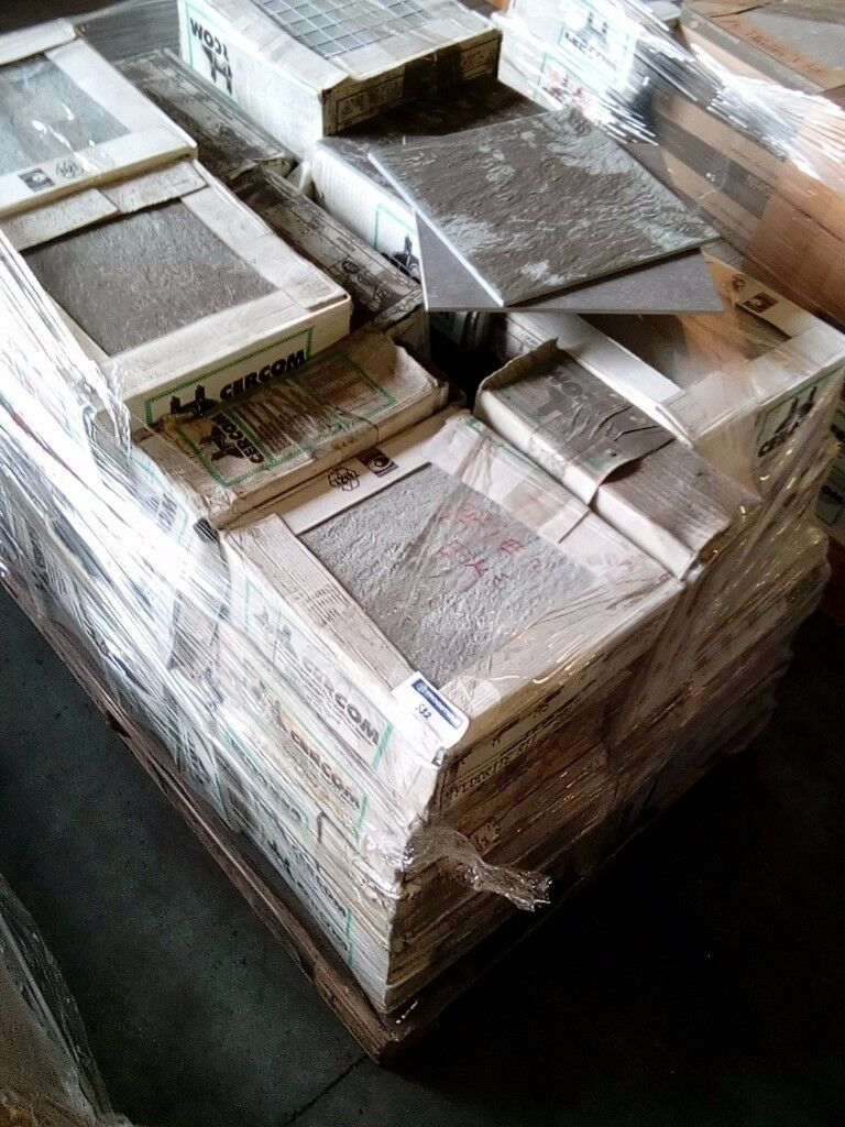 Job lot of wall and floor tiles in rainham london gumtree job lot of wall and floor tiles dailygadgetfo Image collections