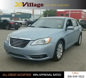 2013 Chrysler 200 Touring Sirius Radio, Heated Seats, Front F...