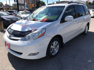 2008 Toyota Sienna LE WITH DISABILITY ACCESS SEAT..MINT COND.