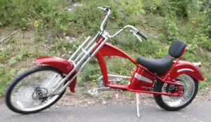 Vélo Électrique neuf Bad Boy Chopper rouge