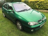 Fabulous Value And Great Condition For Age 2002 Megane Fidgi 1.4 5 DR Hatch 925000 Miles July 18 MOT