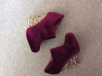 ASOS heeled ankle boots. Size 4