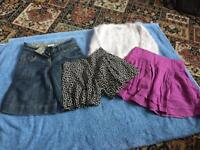 4 ITEMS OF GIRLS CLOTHING. AGE 4 -5-6 YEARS.