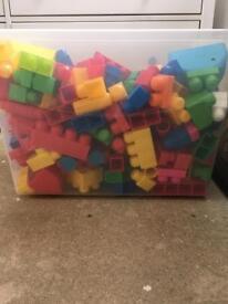 Mega blocks / mega bloks