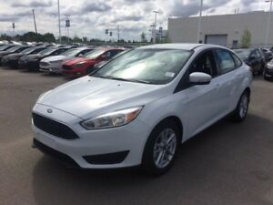 2017 Ford Focus SE, 200a package, Winter package, heated steerin