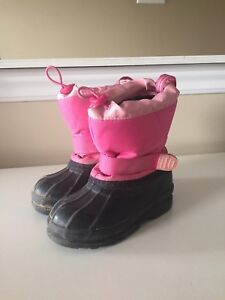 Winter boots youth size 9