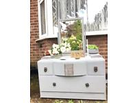 BEAUTIFUL DRESSING TABLE FREE DELIVERY LDN🇬🇧SHABBY CHIC CHEST