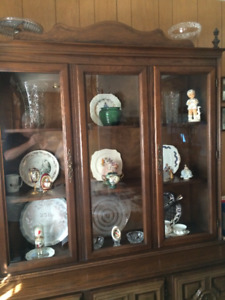 Mint..Mint..Mint. China Cab/Buffet and Hutch. Not antique/Close.