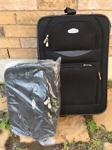 "21"" Cambridge Suitcase + extra bag"
