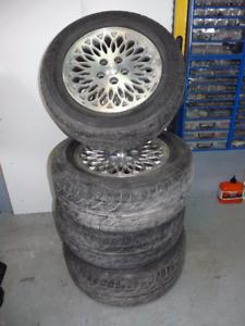 Pneu Bridgestone Potenza RE 910 P225/60R16 avec Mag