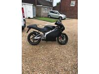 Aprilia rs 125 full power and has 12 months mot