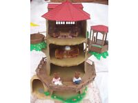 Sylvanian Families Retired 'Old Oak Hollow Tree House' + Accessories