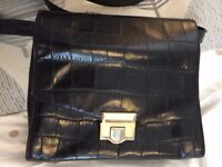 BAG: BLACK CROCODILE PRINTED LEATHER SHOULDER BAG